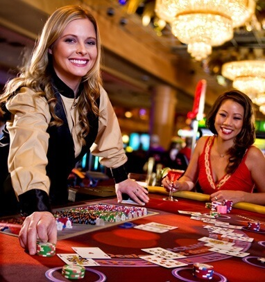 play baccarat casino online